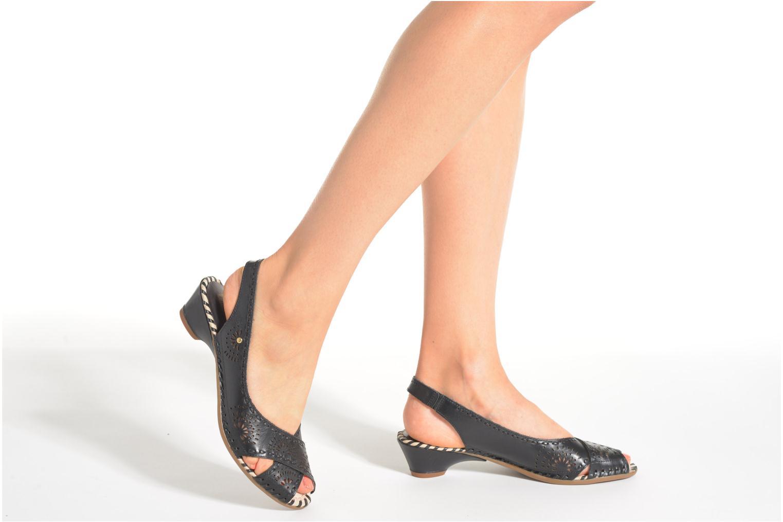 Sandales et nu-pieds Pikolinos Romana W7A-5523 Noir vue bas / vue portée sac