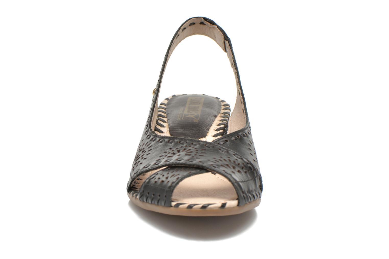 Sandales et nu-pieds Pikolinos Romana W7A-5523 Noir vue portées chaussures