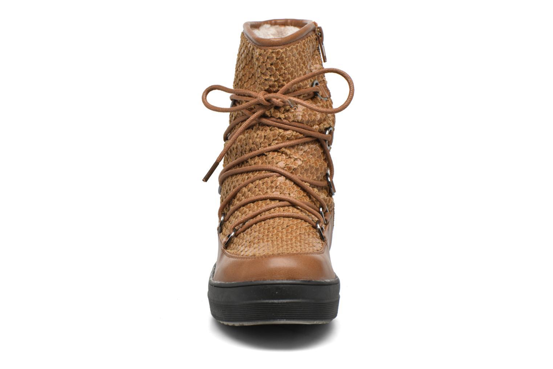 Chaussures de sport Kimberfeel Nadia Marron vue portées chaussures