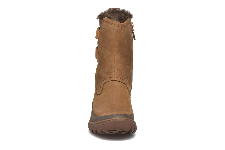 Chaussures de sport Merrell Sylva Mid Buckle Waterproof Marron vue portées chaussures