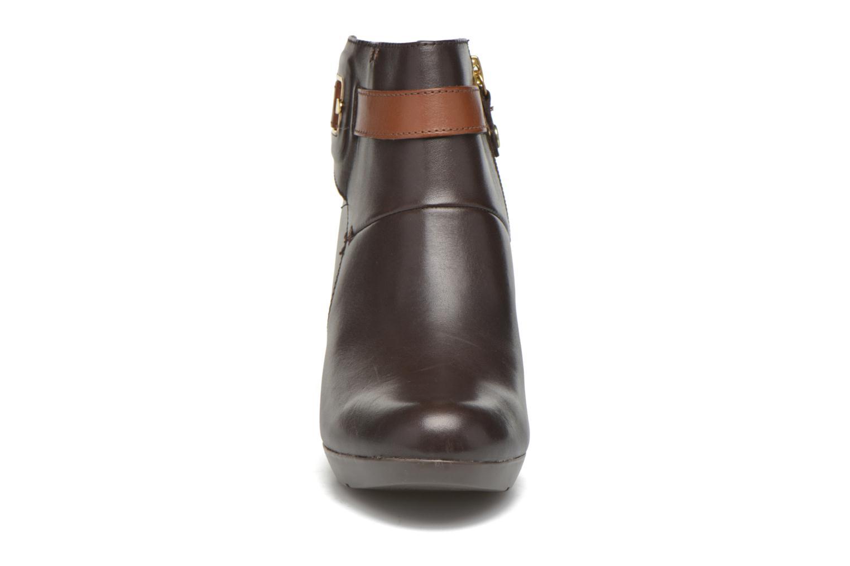 Bottines et boots Geox D Inspiration STIV D54G9B Marron vue portées chaussures