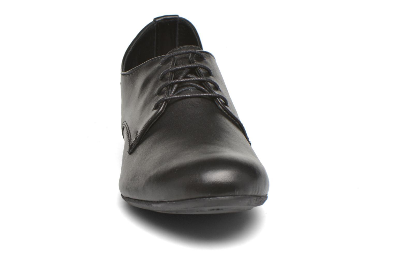 Schnürschuhe André Complice schwarz schuhe getragen