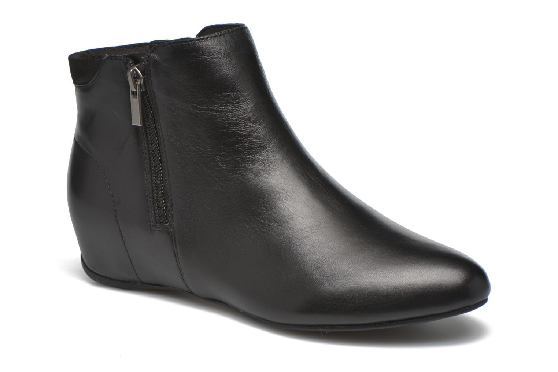 Emese Black leather