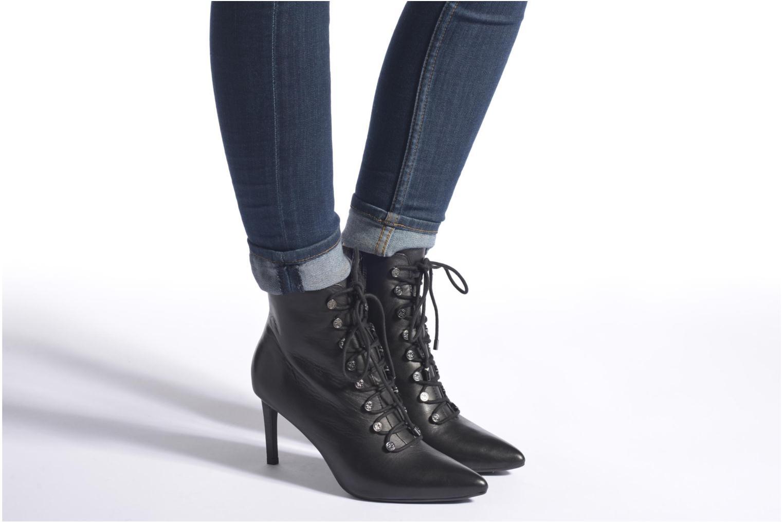 Bottines et boots Guess Mavi Noir vue bas / vue portée sac