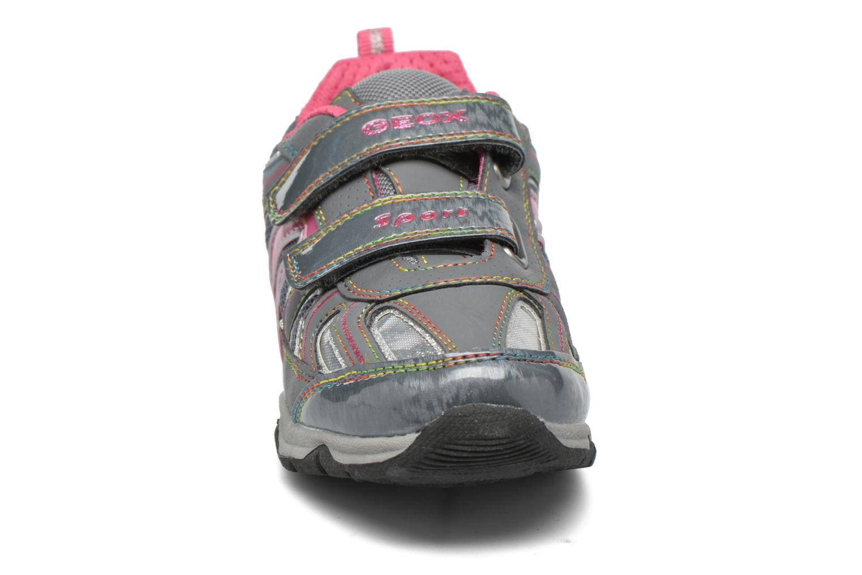 Baskets Geox JR Magica J44B8A Gris vue portées chaussures