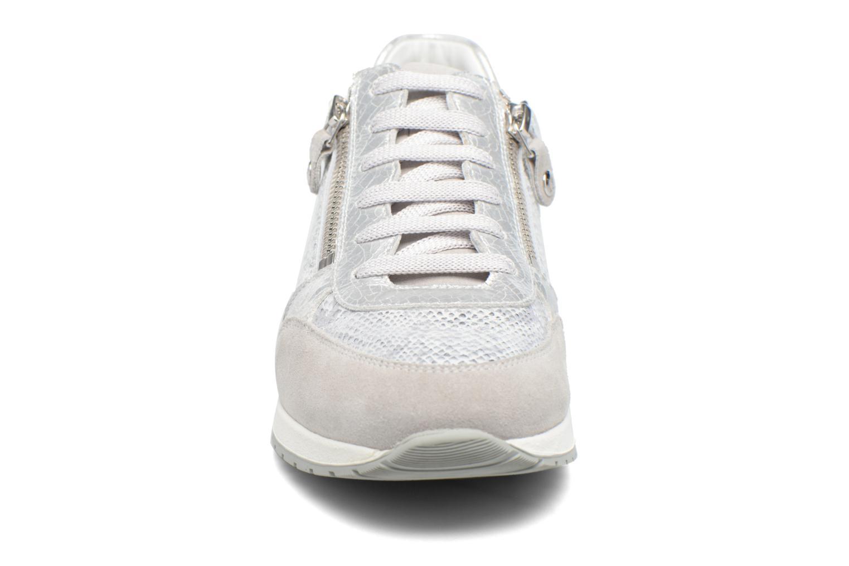 Baskets Mephisto Nona Argent vue portées chaussures