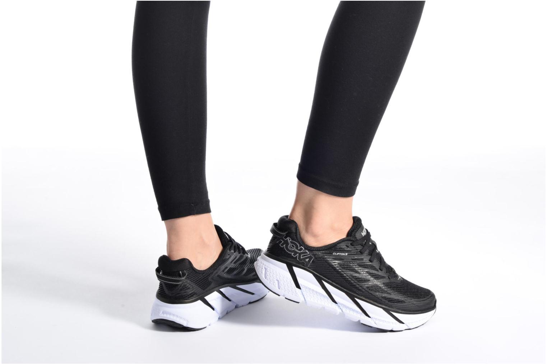 Chaussures de sport Hoka One One Clifton 3 W Noir vue bas / vue portée sac