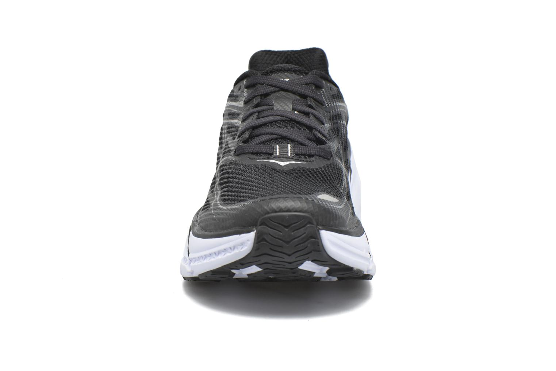 Chaussures de sport Hoka One One Clifton 3 W Noir vue portées chaussures
