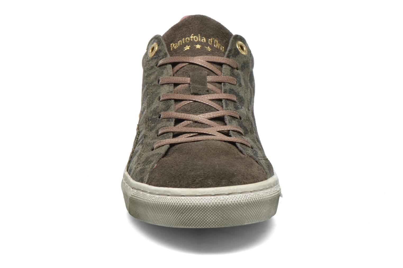 Baskets Pantofola d'Oro Gianna 2.0 Fancy Low Vert vue portées chaussures