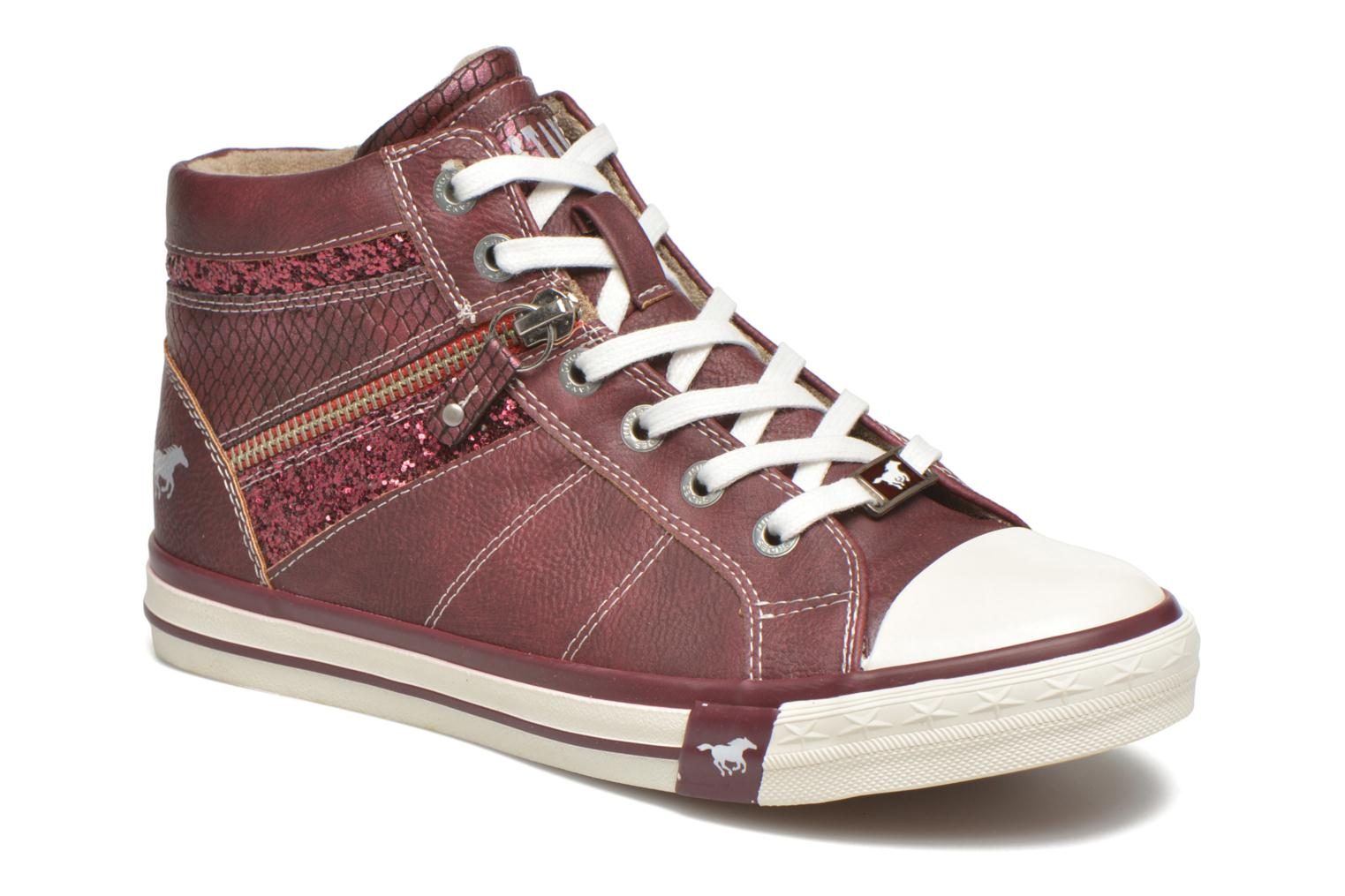Baskets Mustang shoes Leni Bordeaux vue détail/paire