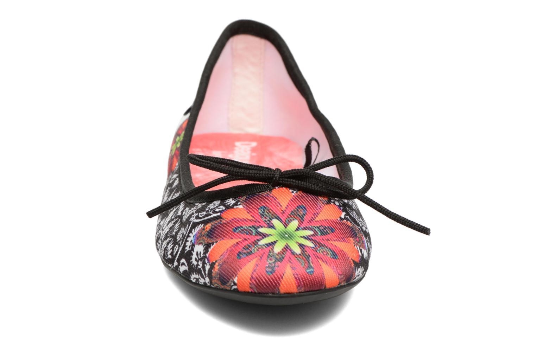 Ballerine Desigual SHOES_MISSIA Multicolore modello indossato