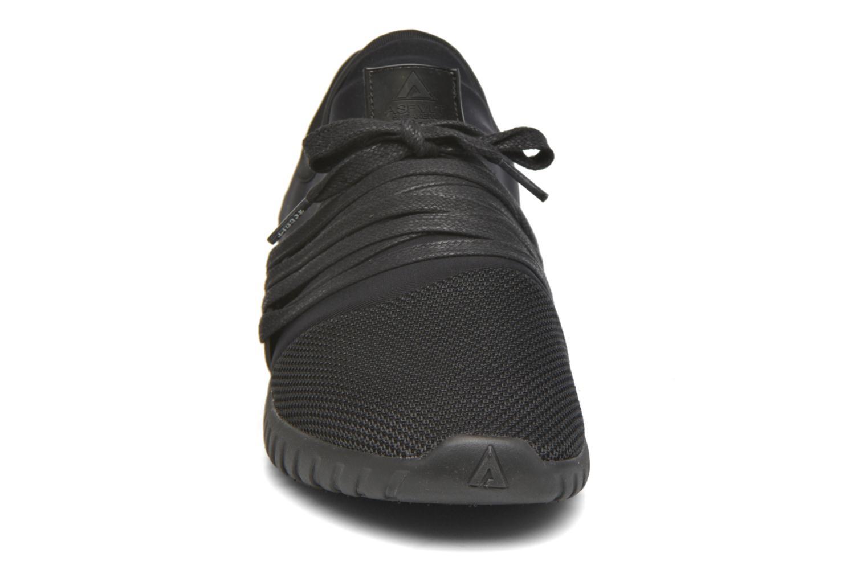 Baskets Asfvlt Area Low Gris vue portées chaussures