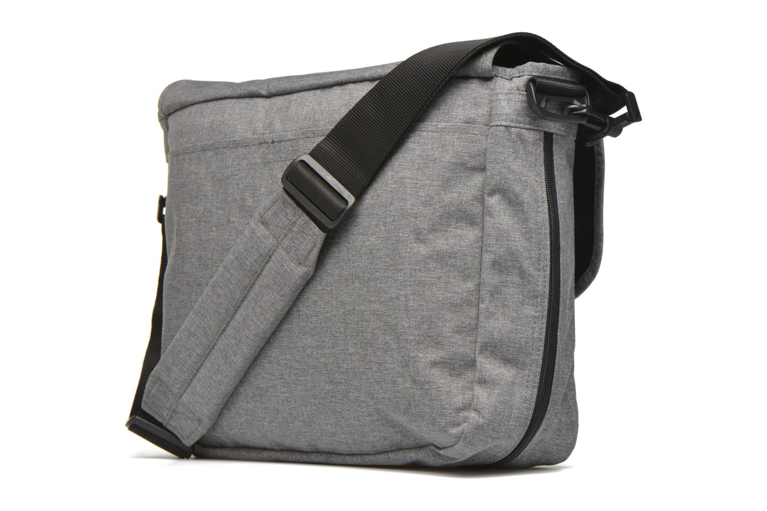 DELEGATE Messenger Sunday Grey