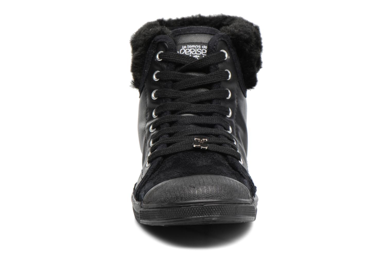 Baskets Le temps des cerises Basic 03 Fur Noir vue portées chaussures