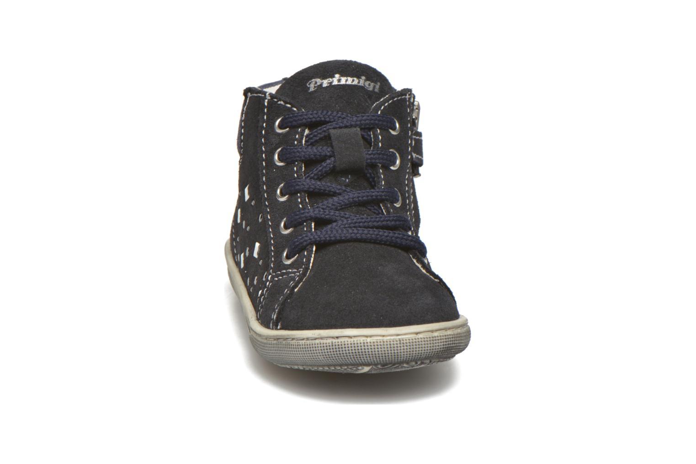 Sneakers Primigi Alexia Azzurro modello indossato
