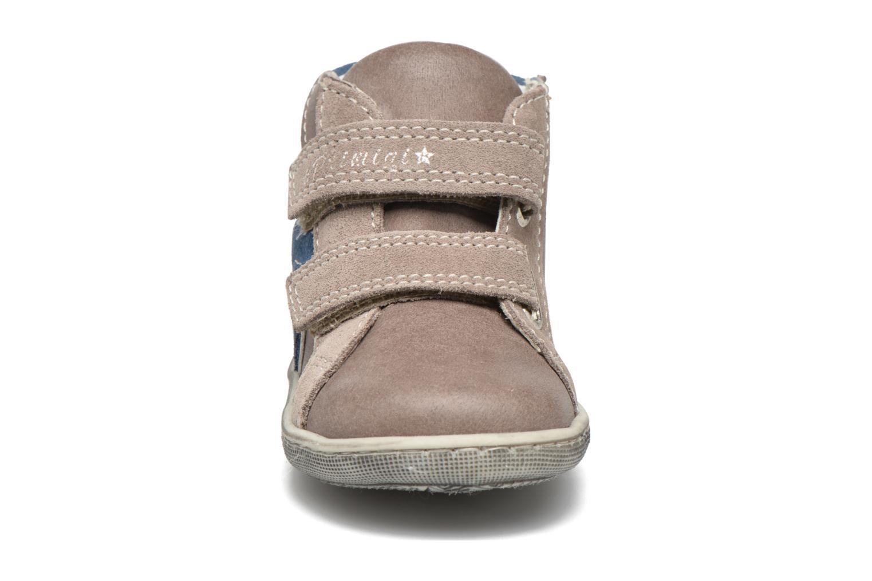 Chaussures à scratch Primigi Jordan 1 Marron vue portées chaussures