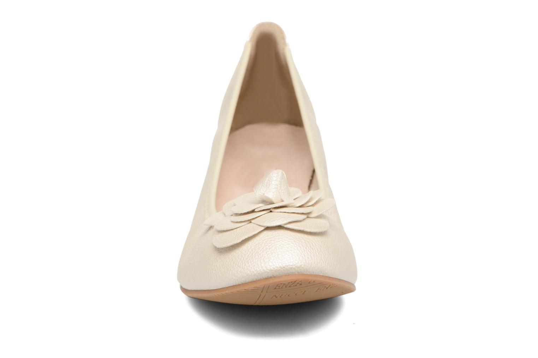 Ballerines Enza Nucci Emilie Blanc vue portées chaussures