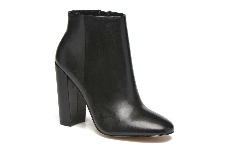 ARAVIA Black Leather97