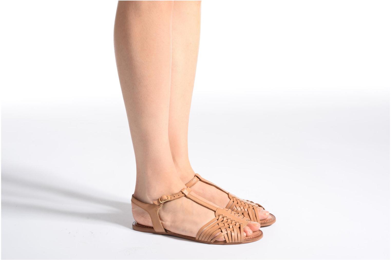 Sandalen I Love Shoes KETRES Leather braun ansicht von unten / tasche getragen