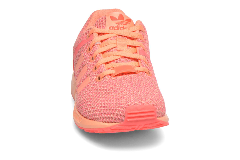 Baskets Adidas Originals ZX Flux Split K Orange vue portées chaussures