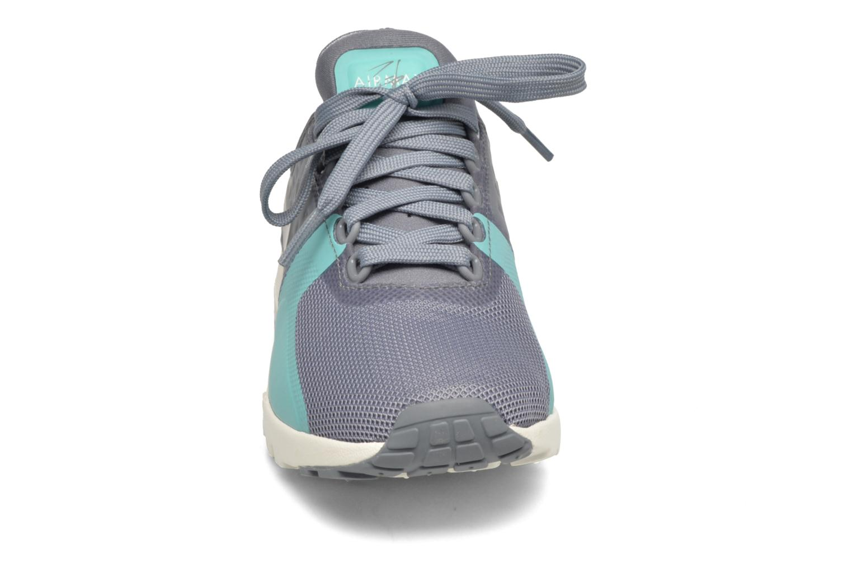 Baskets Nike W Air Max Zero Gris vue portées chaussures