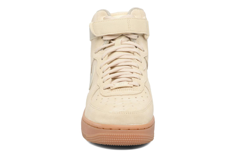 Sneaker Nike Wmns Air Force 1 Hi Se weiß schuhe getragen