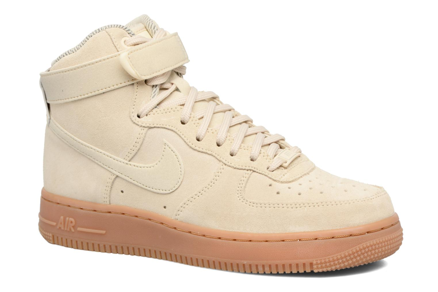 Baskets Nike Wmns Air Force 1 Hi Se Blanc vue détail/paire