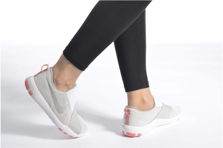 Sportschuhe Nike Wmns Nike Free Connect schwarz ansicht von unten / tasche getragen