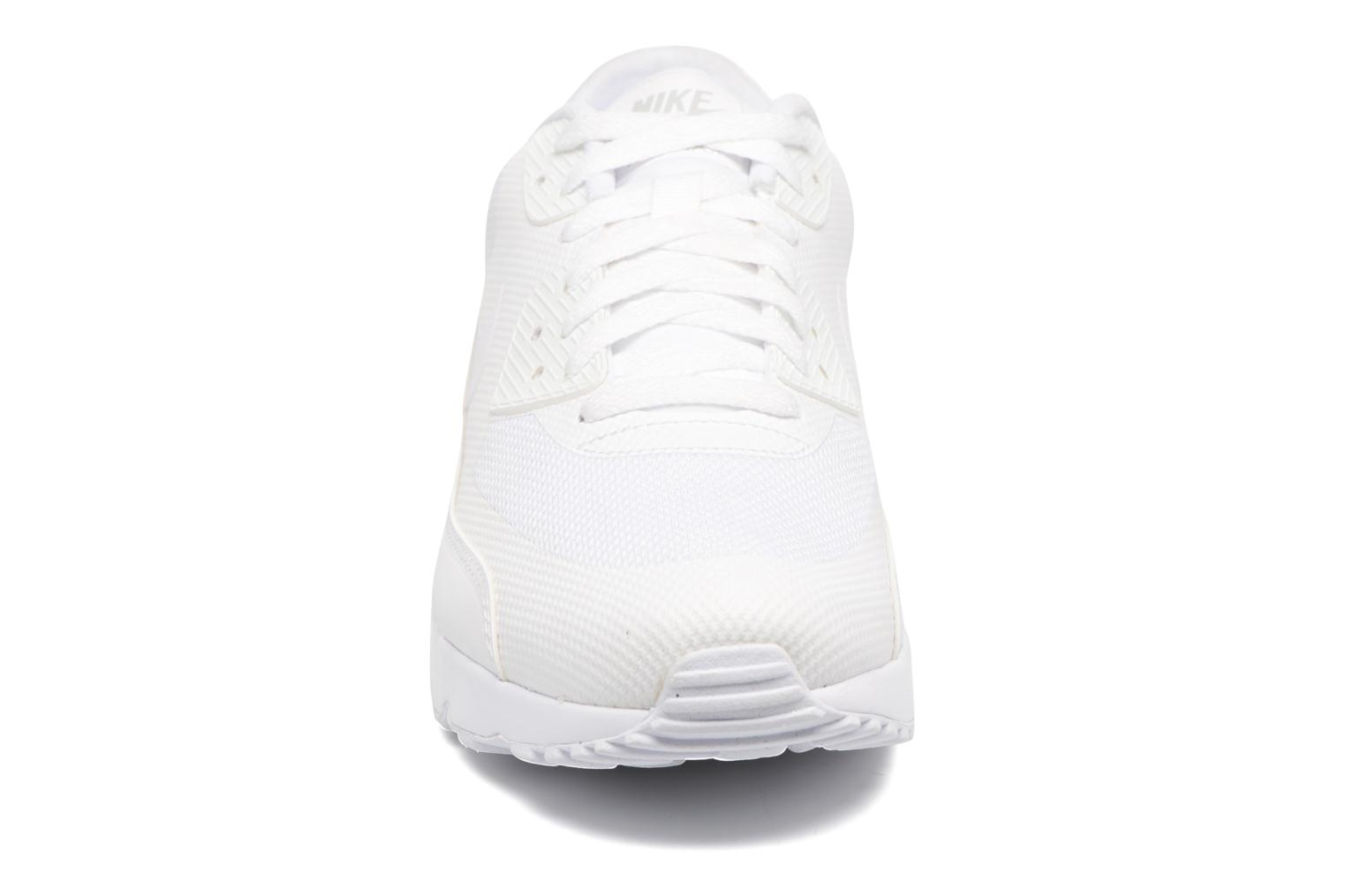 Trainers Nike Air Max 90 Ultra 2.0 Essential White model view