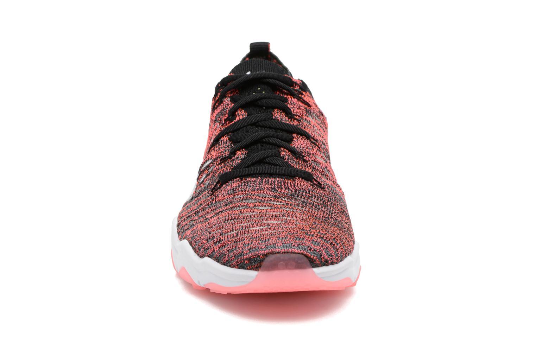 Sportssko Nike W Air Zoom Fearless Flyknit Multi se skoene på
