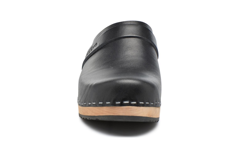 Mules et sabots Swedish Hasbeens Swedish Husband Noir vue portées chaussures