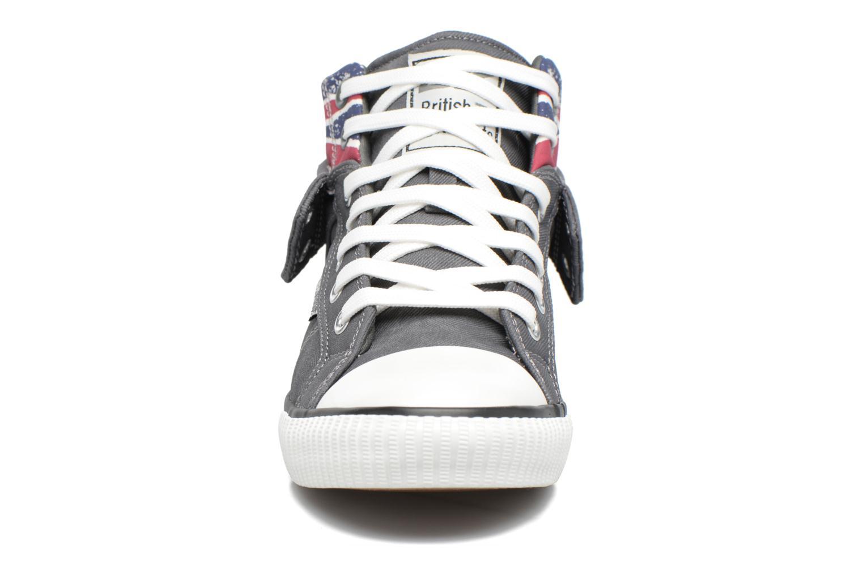 Baskets British Knights Roco M Gris vue portées chaussures