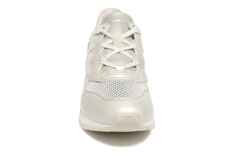 Baskets Geox D SHAHIRA B D62N1B Argent vue portées chaussures