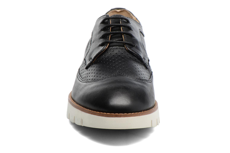 Chaussures à lacets Geox D BLENDA A D720BA Noir vue portées chaussures
