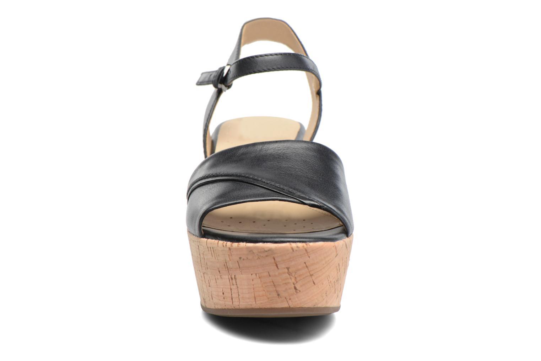 Sandali e scarpe aperte Geox D SAKELY A D724VA Nero modello indossato