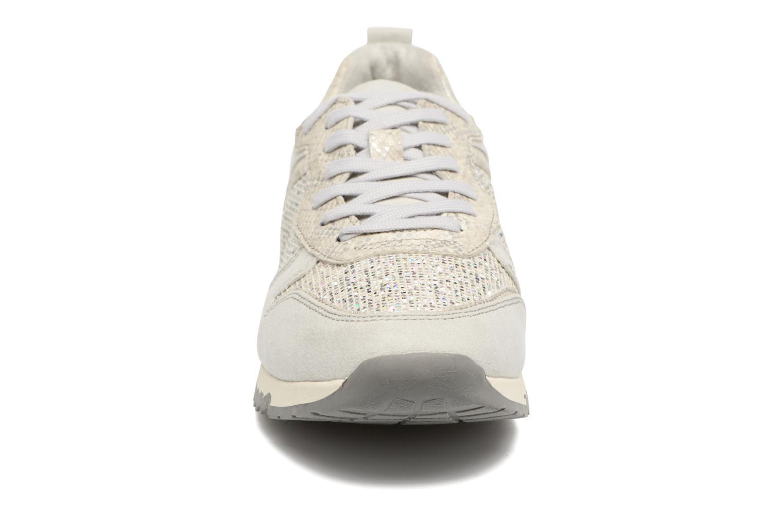 Baskets Tamaris Mimosa Argent vue portées chaussures