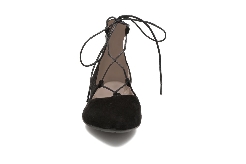 Ballerines Tamaris Pervenche Noir vue portées chaussures