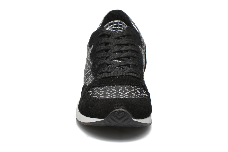 Baskets Ippon Vintage Run Vegas Noir vue portées chaussures