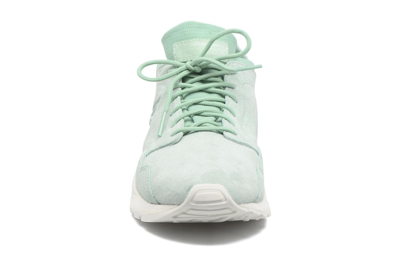 Baskets Le Coq Sportif Lcs R Flow Nubuck Vert vue portées chaussures