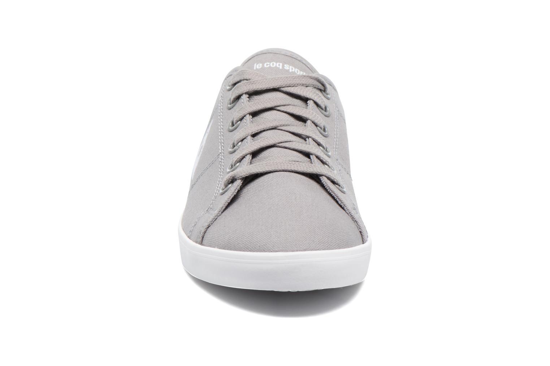 Baskets Le Coq Sportif Setone CVS Gris vue portées chaussures