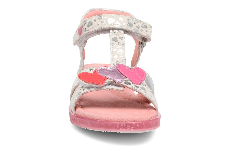 Sandales et nu-pieds Agatha Ruiz de la Prada Swing 1 Blanc vue portées chaussures