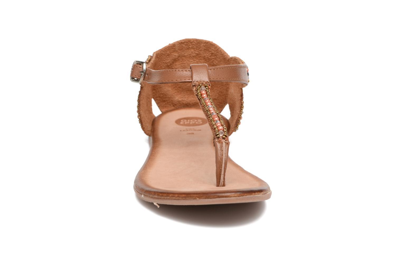 Sandales et nu-pieds Gioseppo Amira Marron vue portées chaussures