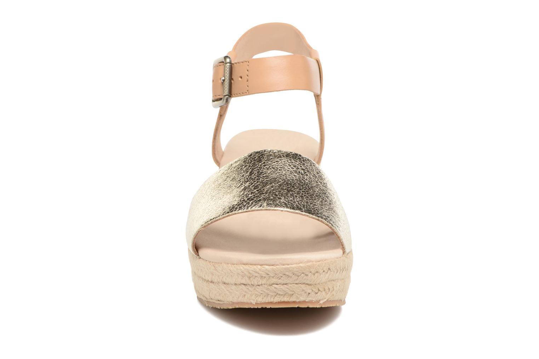 Espadrilles Tommy Hilfiger Lory 1C Or et bronze vue portées chaussures