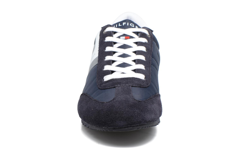 Baskets Tommy Hilfiger Branson D1 Bleu vue portées chaussures