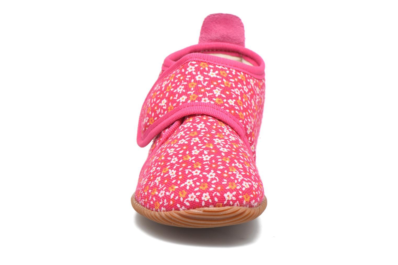 Chaussons Giesswein Segntiz Rose vue portées chaussures