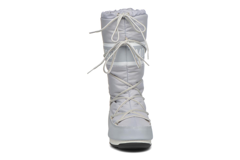 Bottes Moon Boot Soft Ripstop Gris vue portées chaussures