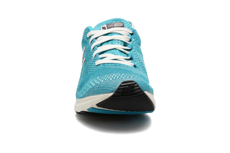 Chaussures de sport New Balance WXAGL Bleu vue portées chaussures
