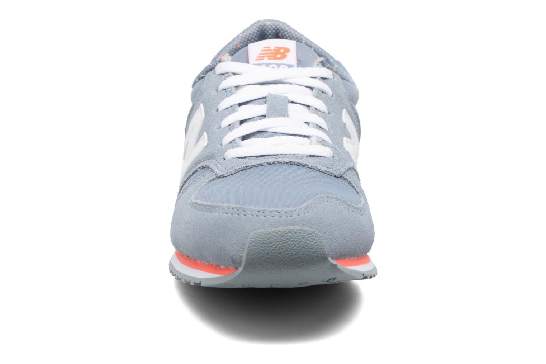 Sneaker New Balance WRL420 grau schuhe getragen