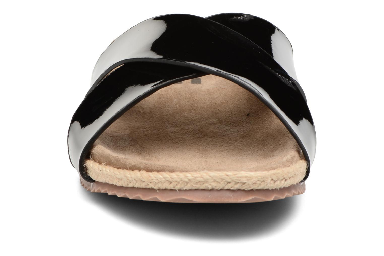 Mules et sabots Refresh Qiwin Noir vue portées chaussures