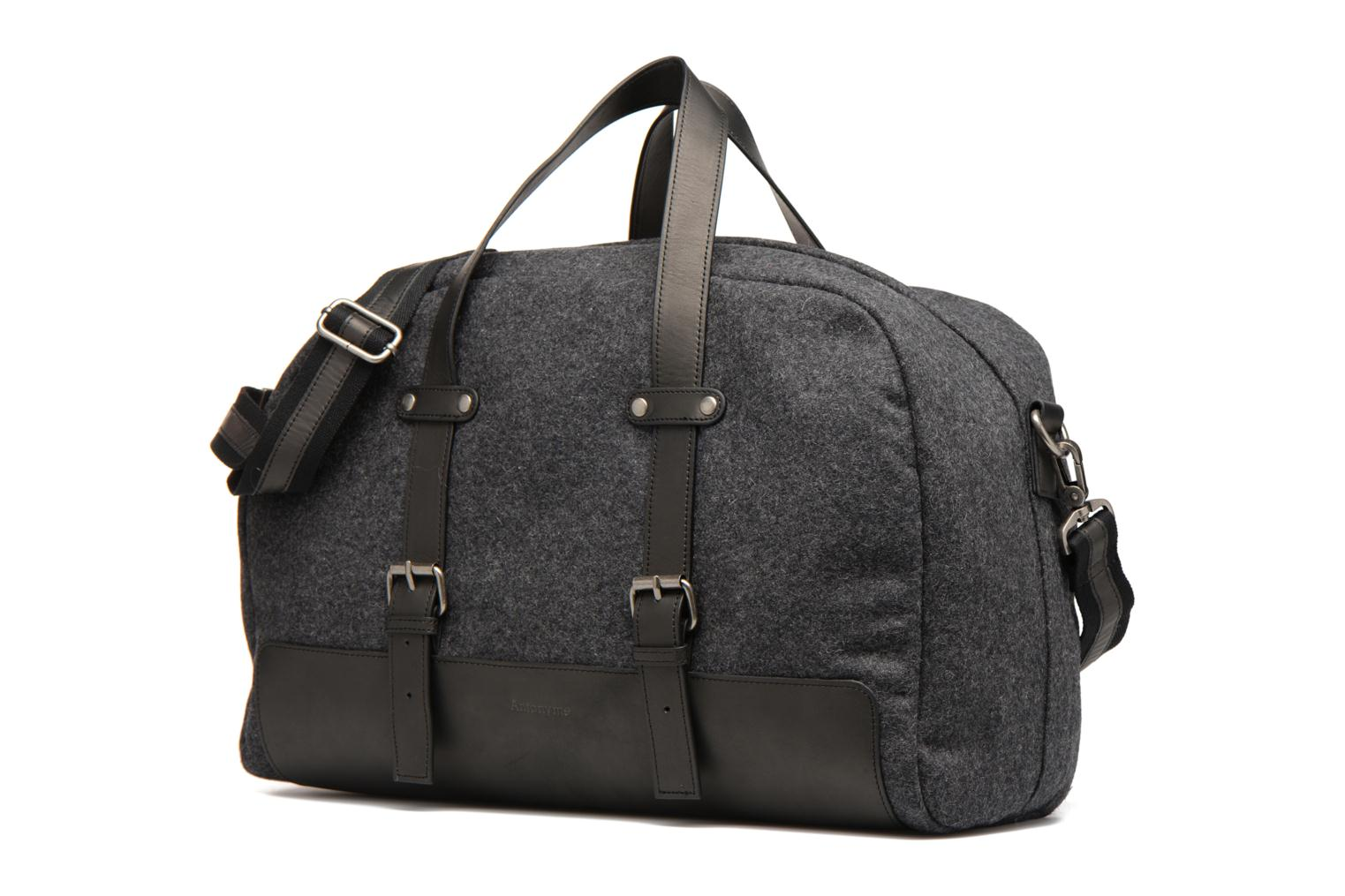 Bagages Antonyme by Nat & Nin Dries Gris vue portées chaussures